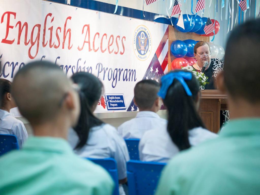 พิธีเปิด The English Access Microscholarship Program