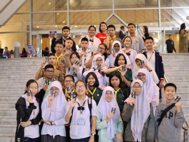 """นักเรียนโครงการ English Access Microscholarship Program เข้าร่วมทัศนศึกษางาน """"Bangkok's 21st International Festival of Dance & Music"""""""